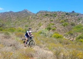 MTB TRail - Stef & Zoe on route